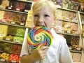 英6岁女童创办三家糖果连锁店 跻身全世界年龄最小的企业家