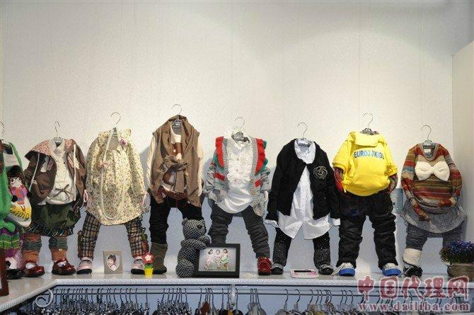 加盟整合各种童装资源,提供质量可靠,价格实惠的童装!